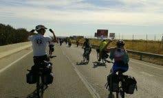 La aventura en bici de 20 jóvenes españoles y griegos por pueblos del Henares