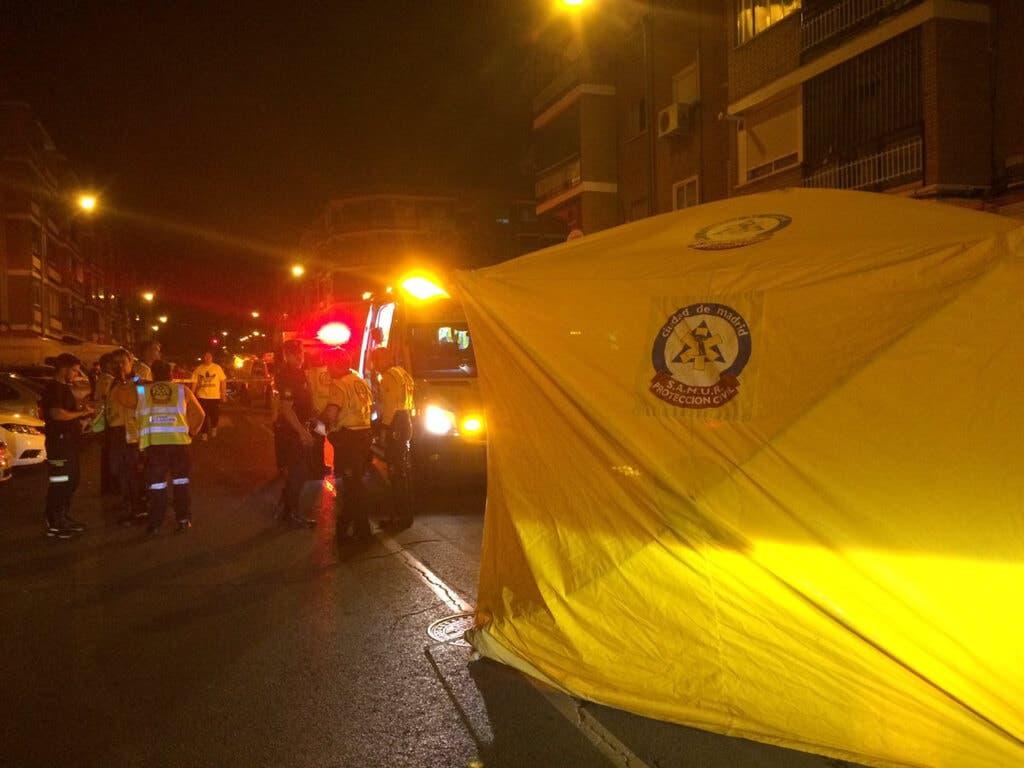 Muere un niño tras empotrarse un coche contra la tienda de su familia