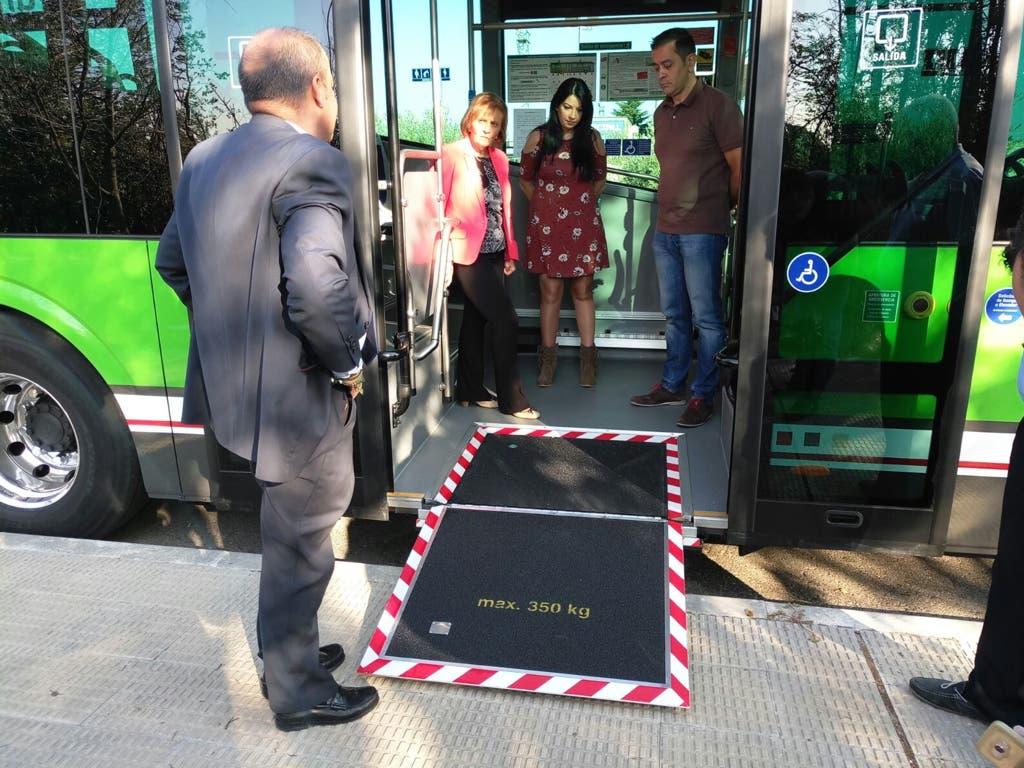 Nuevas paradas de autobús en San Fernando de Henares