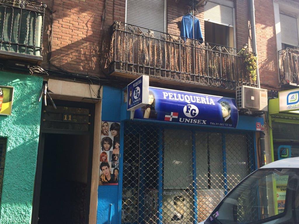 Dos heridos graves tras incendiarse un cuadro eléctrico en Vallecas