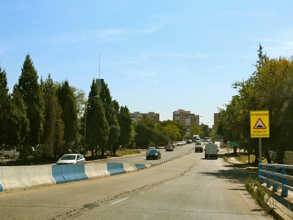 El lunes quedará restablecido el tráfico en la calle Rioja de Coslada