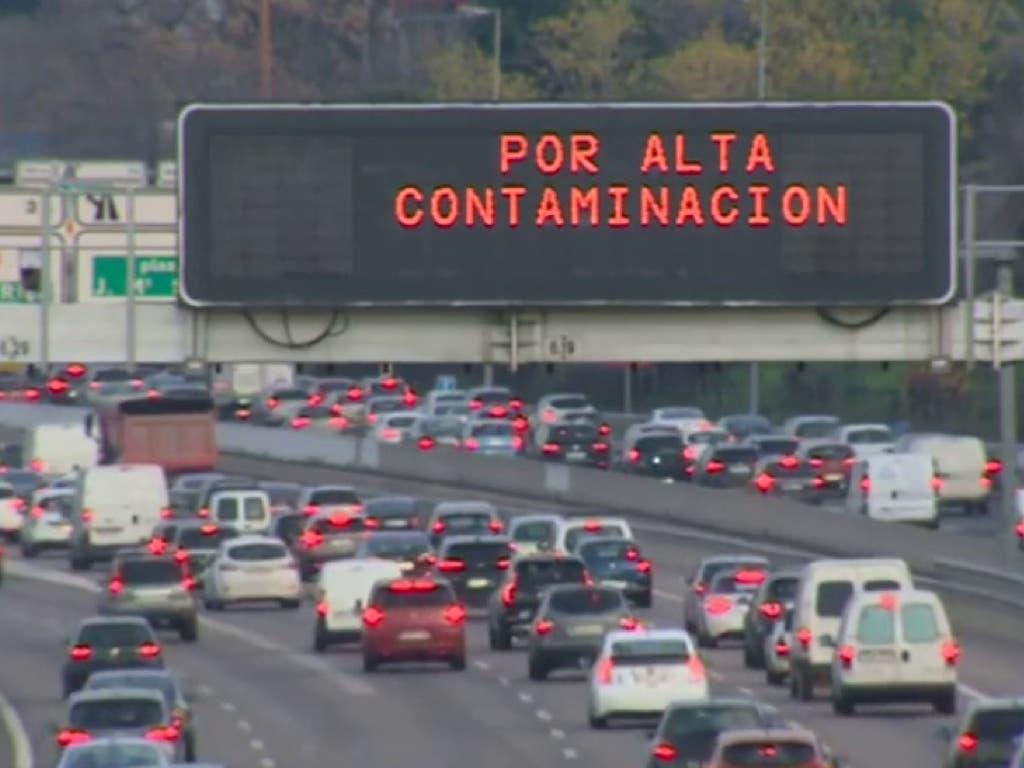 Alta contaminación: Así está la situación para circular por Madrid este domingo