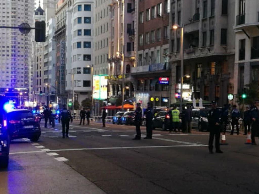 La Policía corta la Gran Vía por un coche sospechoso