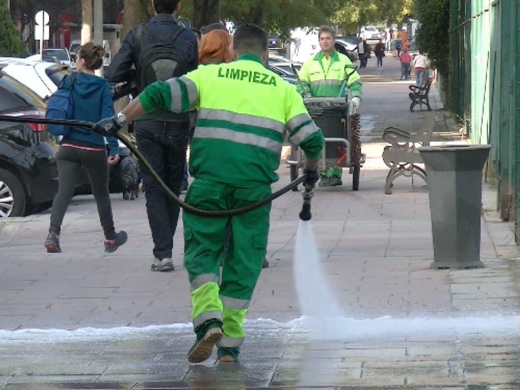 Torrejón inicia la limpieza intensiva de todos sus barrios