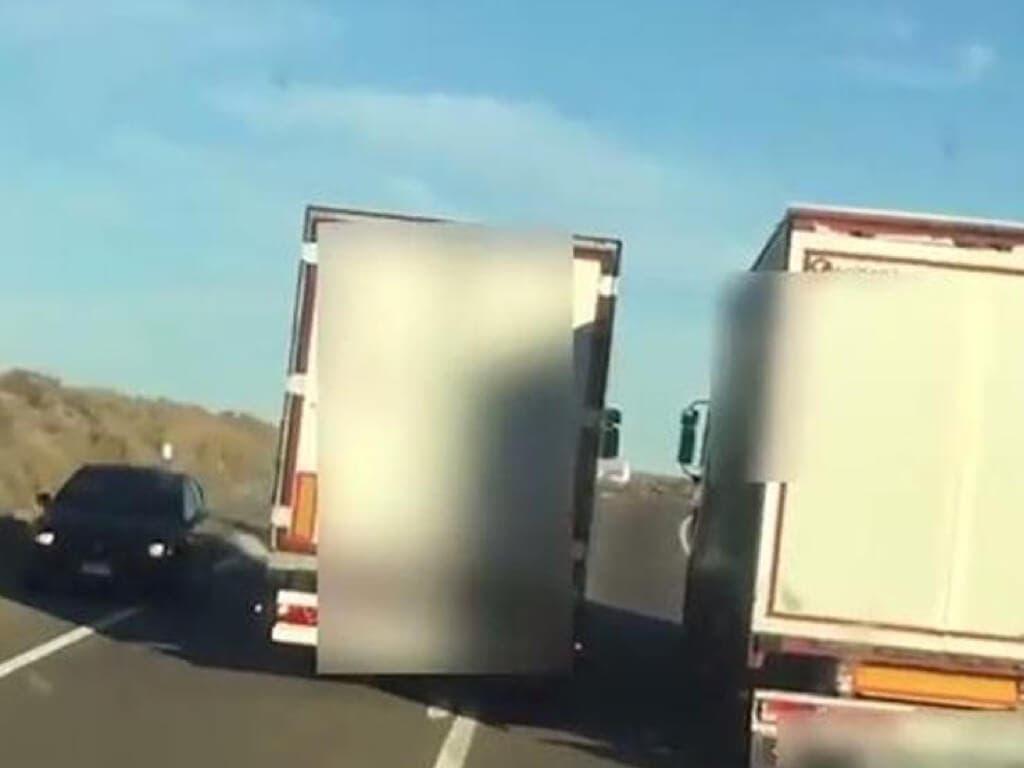Dos camioneros investigados por maniobras suicidas en la A-2