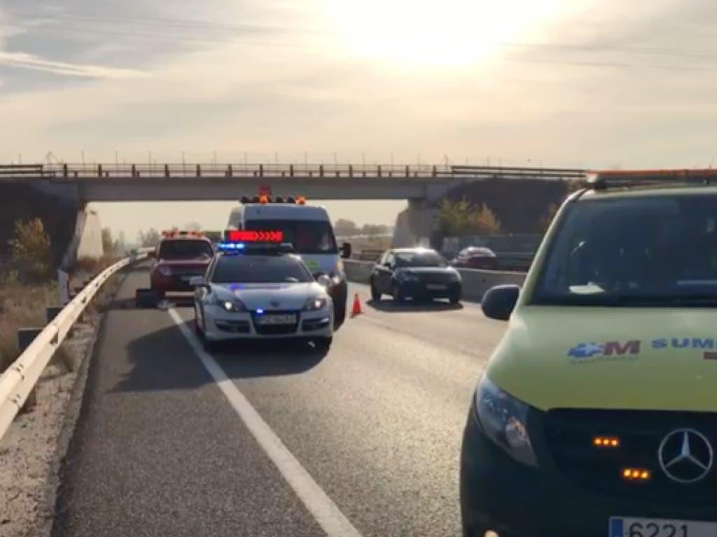 Muere una mujer atropellada al bajarse de su coche en Fuente el Saz