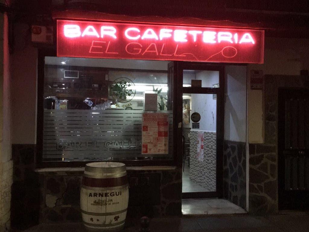 Cierra en Torrejón el bar que hace 25 años fundaron dos policías nacionales