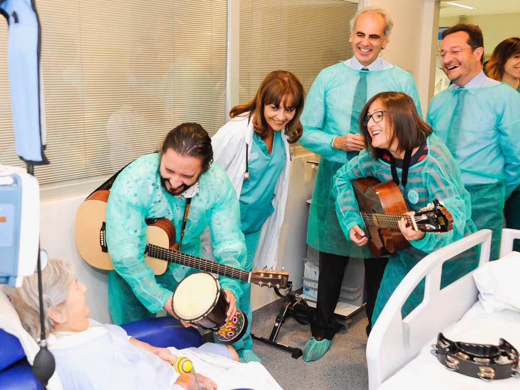 El Hospital de Torrejón incorpora musicoterapia en la UCI