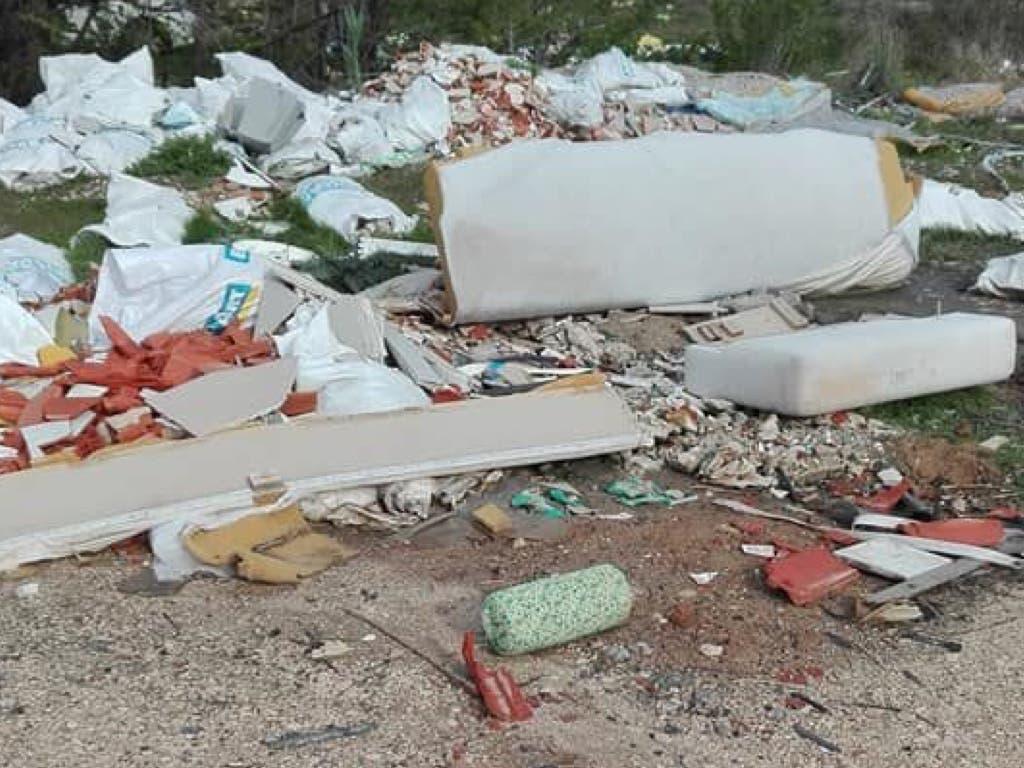 El vertedero ilegal entre San Fernando y Vicálvaro que trae de cabeza a los vecinos