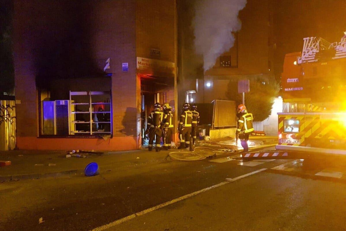 La Policía investiga una explosión en una tienda de Madrid