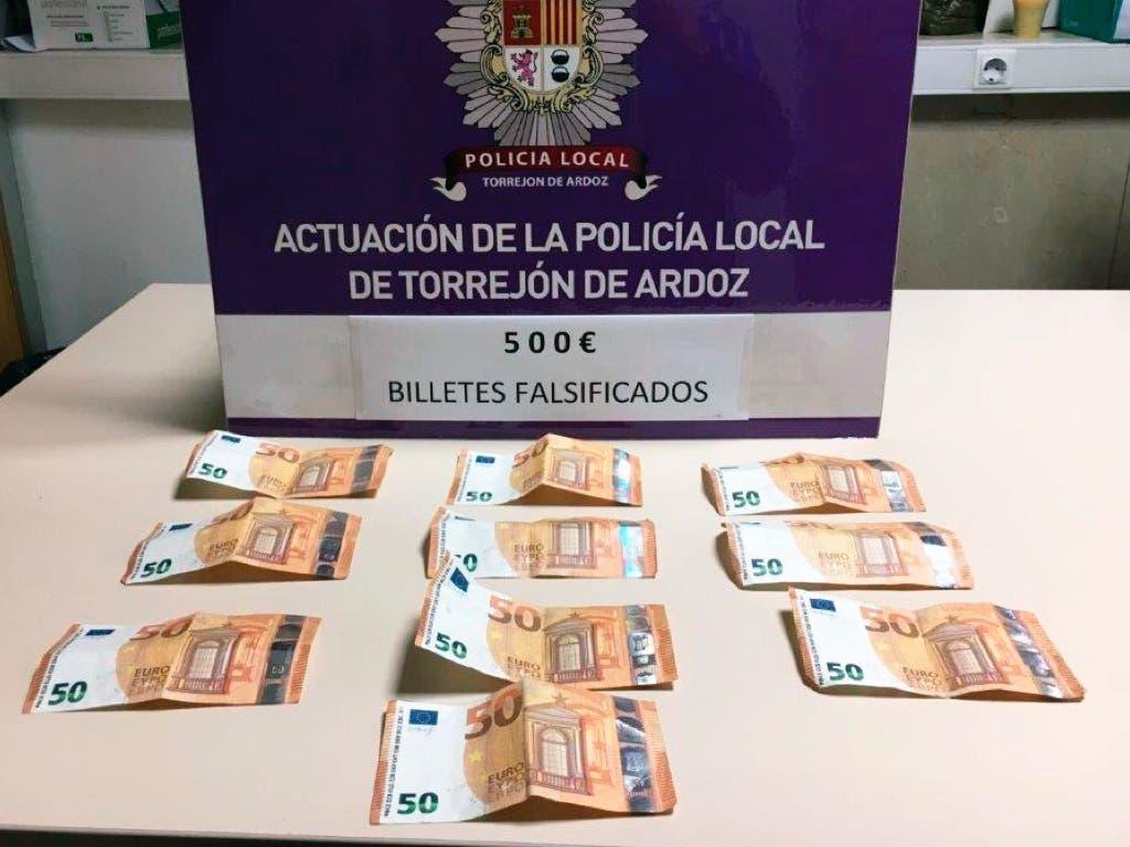 Detenido en Torrejón por llevar 500 euros en billetes falsos