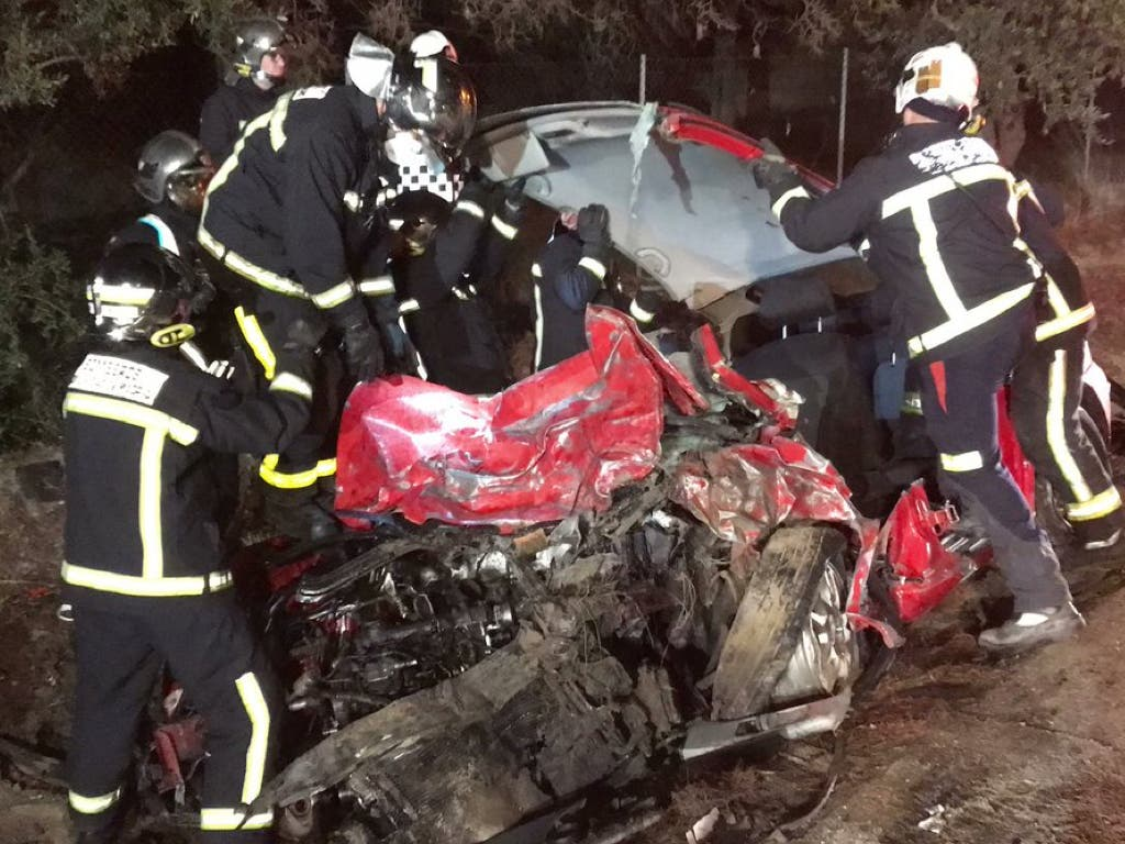 Mueren dos personas en un brutal accidente en Campo Real