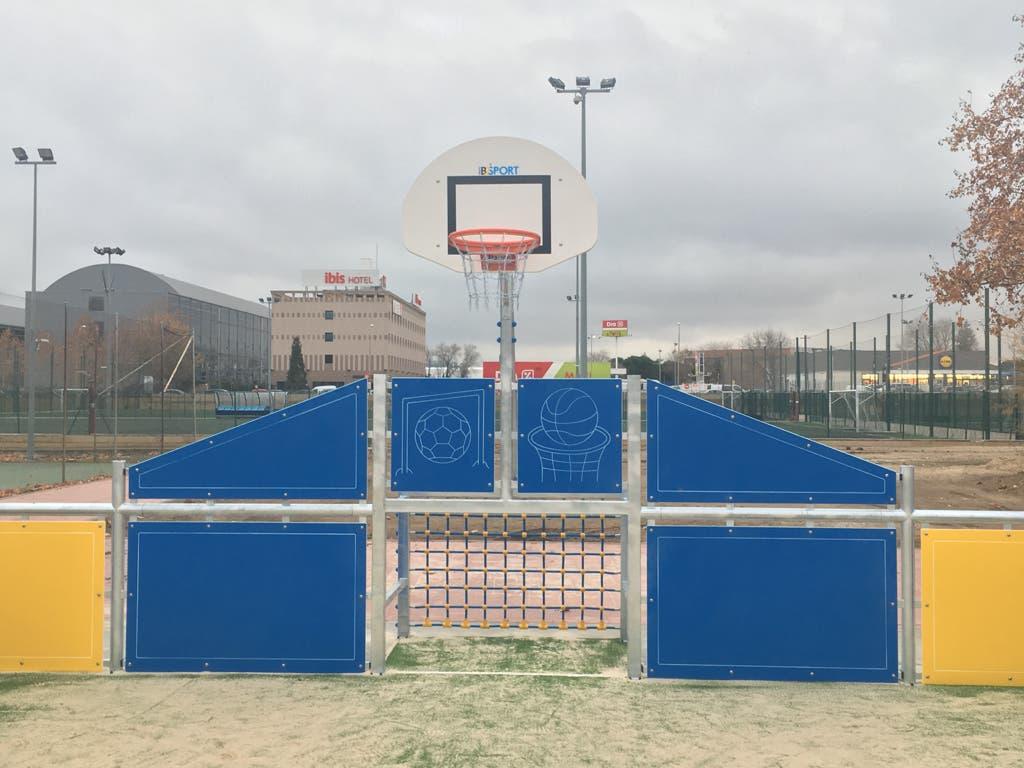El Juncal, de Alcalá de Henares, estrena zona de deporte infantil