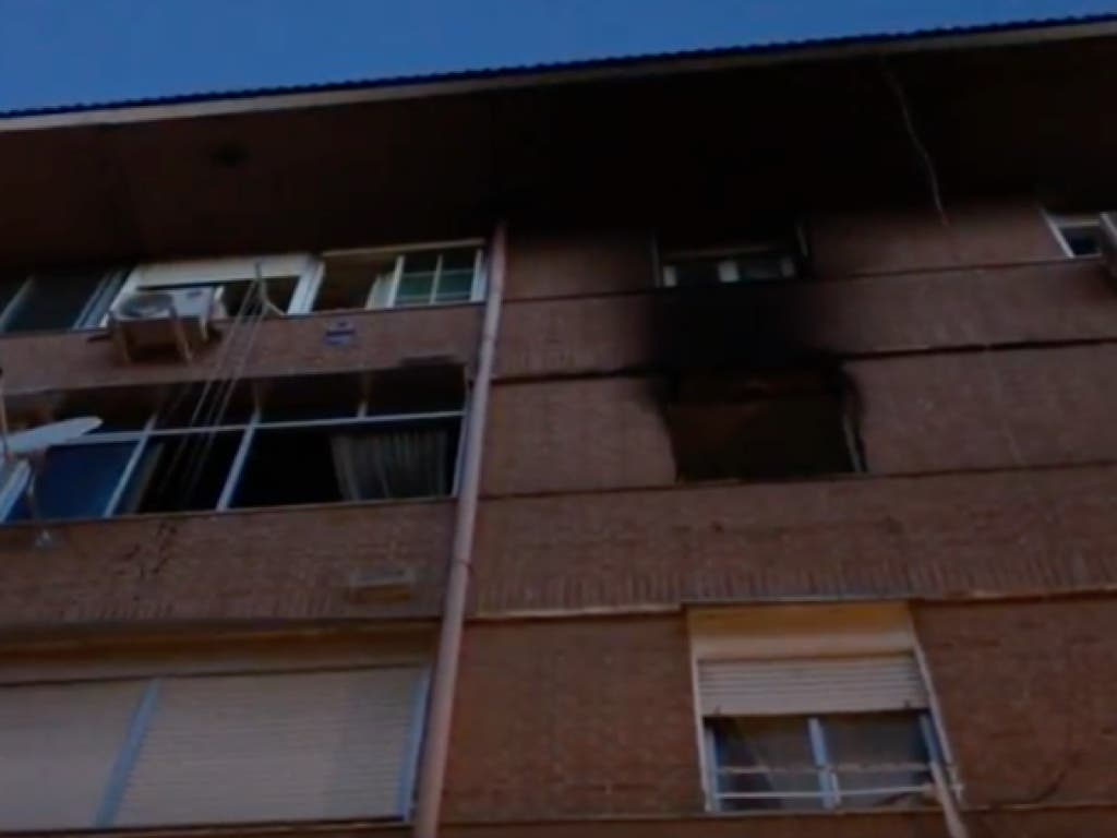 Varios heridos por un incendio en Alcalá de Henares