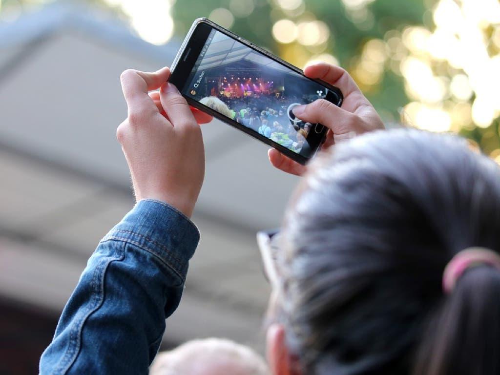 Una gran pantalla proyectará las fotos navideñas de los vecinos de Alcalá
