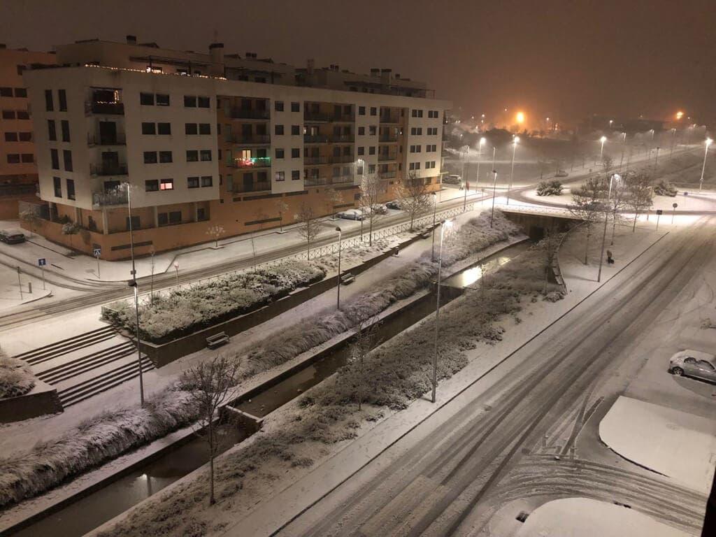 Noche complicada en Guadalajara por el temporal de nieve