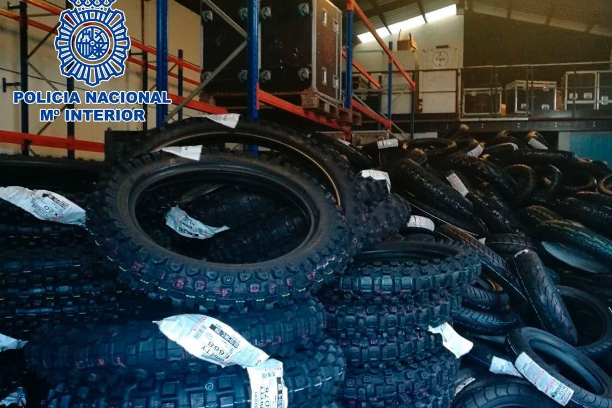 Detenidos en Madrid por el robo de un camión con más de 2.200 neumáticos