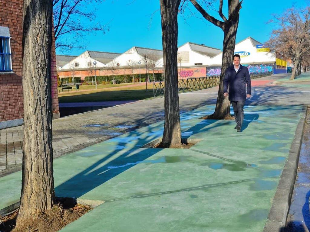 Torrejón mejora la zona peatonal de la Carretera de Loeches