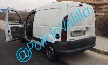 Recuperan en Velilla una furgoneta robada