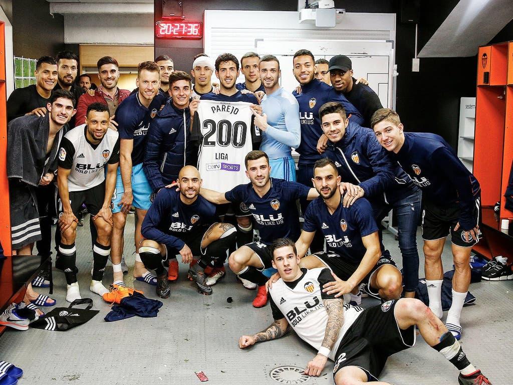 El cosladeño Dani Parejo celebra sus 200 partidos de Liga con el Valencia