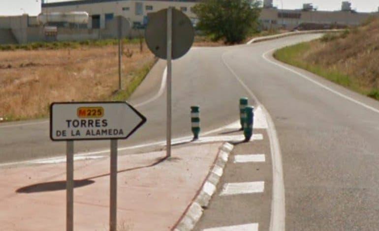 Aplazado el desahucio de un matrimonio con cuatro hijos menores en Torres de la Alameda