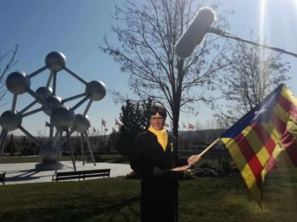La Policía intenta detener a Joaquín Reyes disfrazado de Puigdemont en el Parque Europa
