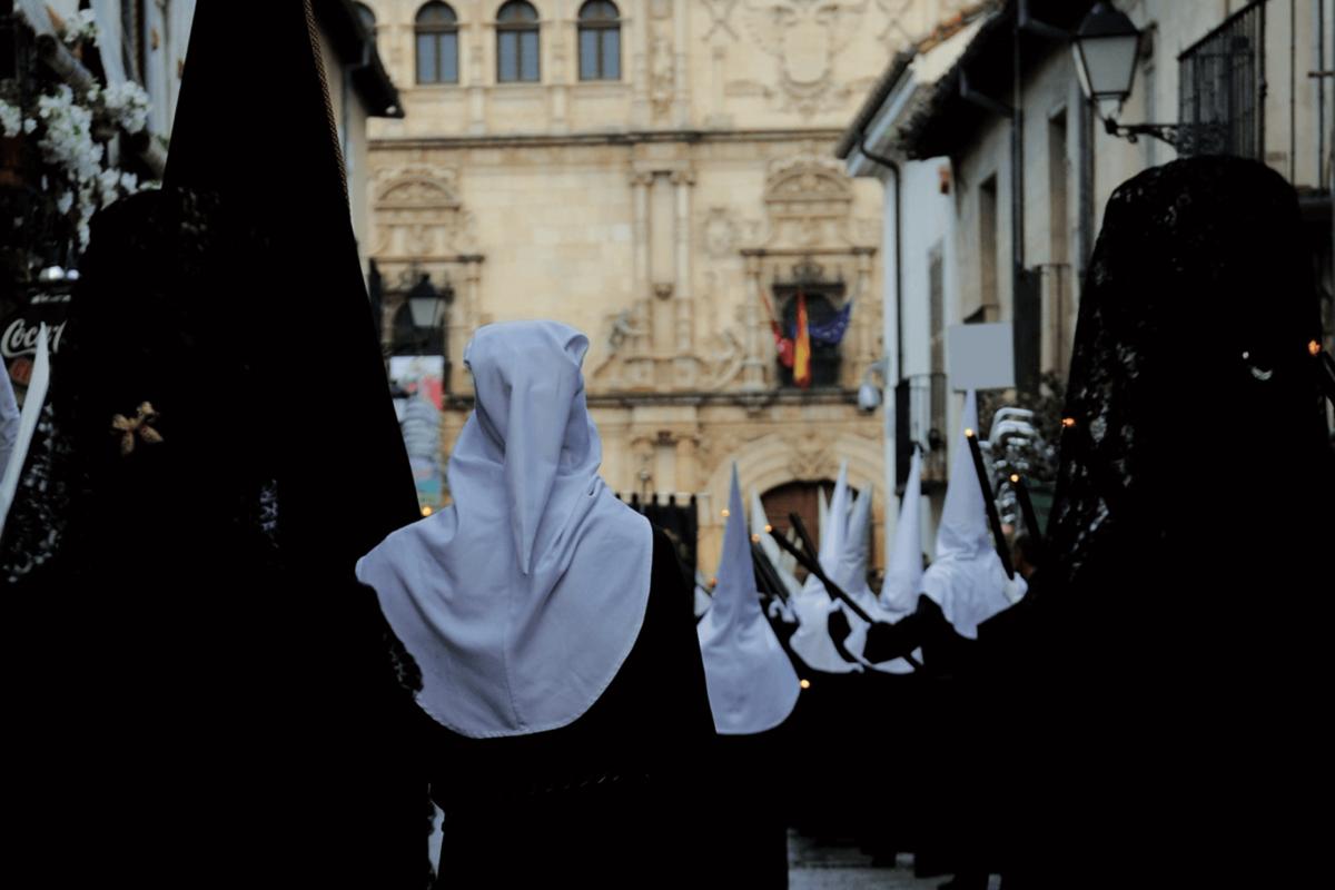 12 procesiones recorrerán las calles en la Semana Santa de Alcalá de Henares