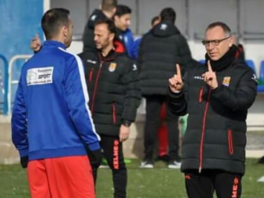 Paco Sáez, entrenador de la AD Torrejón sufre un infarto
