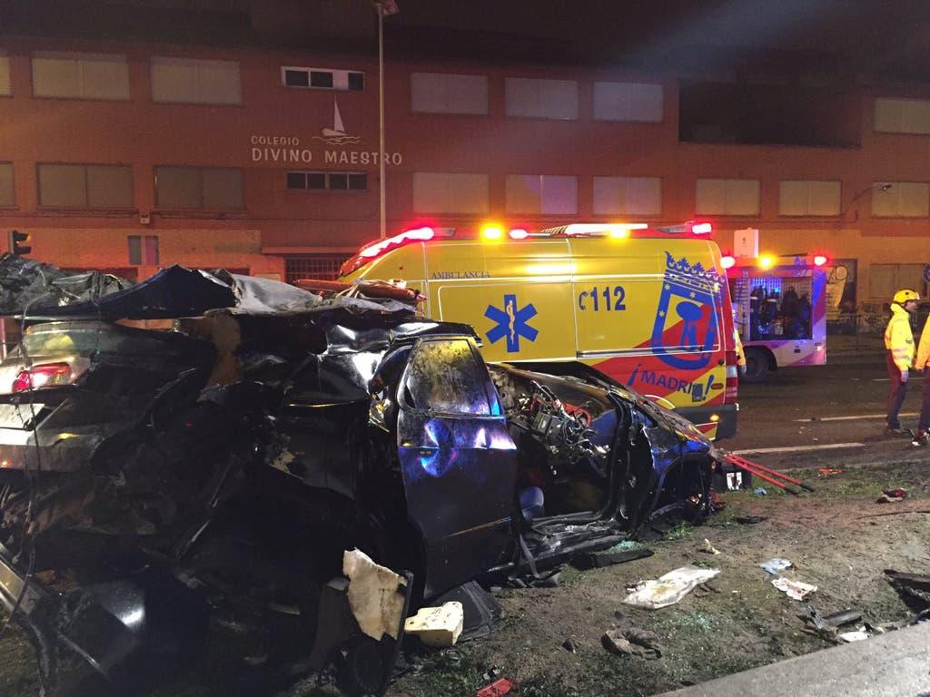 Mueren dos jóvenes y cuatro resultan heridos en un accidente de tráfico en Madrid
