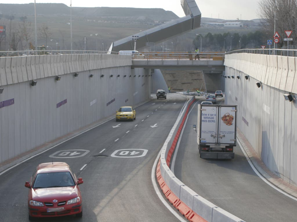 Rivas cierra al tráfico por reforma el túnel que enlaza con la A-3