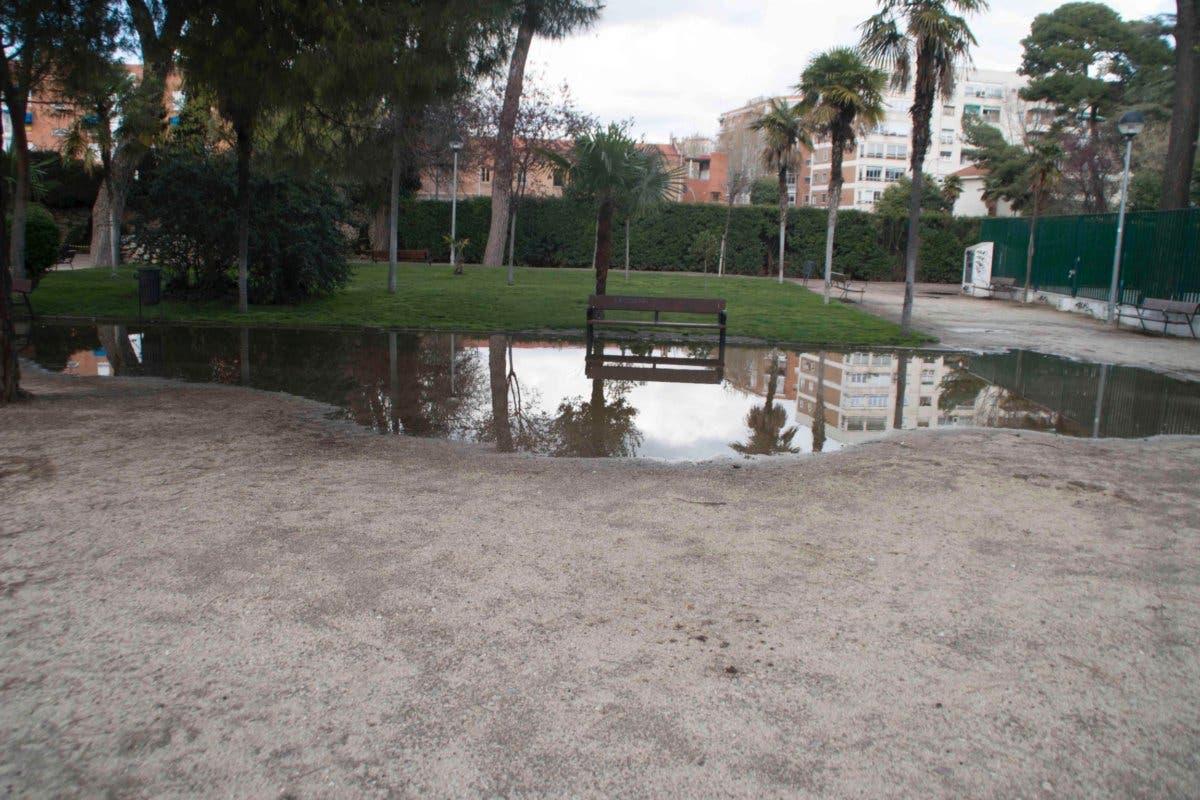 Piden vallar el Parque O'Donnell de Alcalá para protegerlo del vandalismo