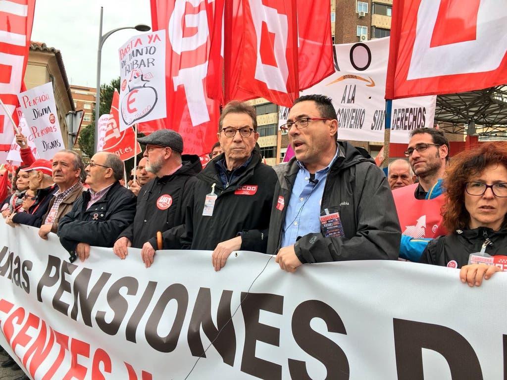La marcha por unas pensiones dignas «desborda» Alcalá de Henares
