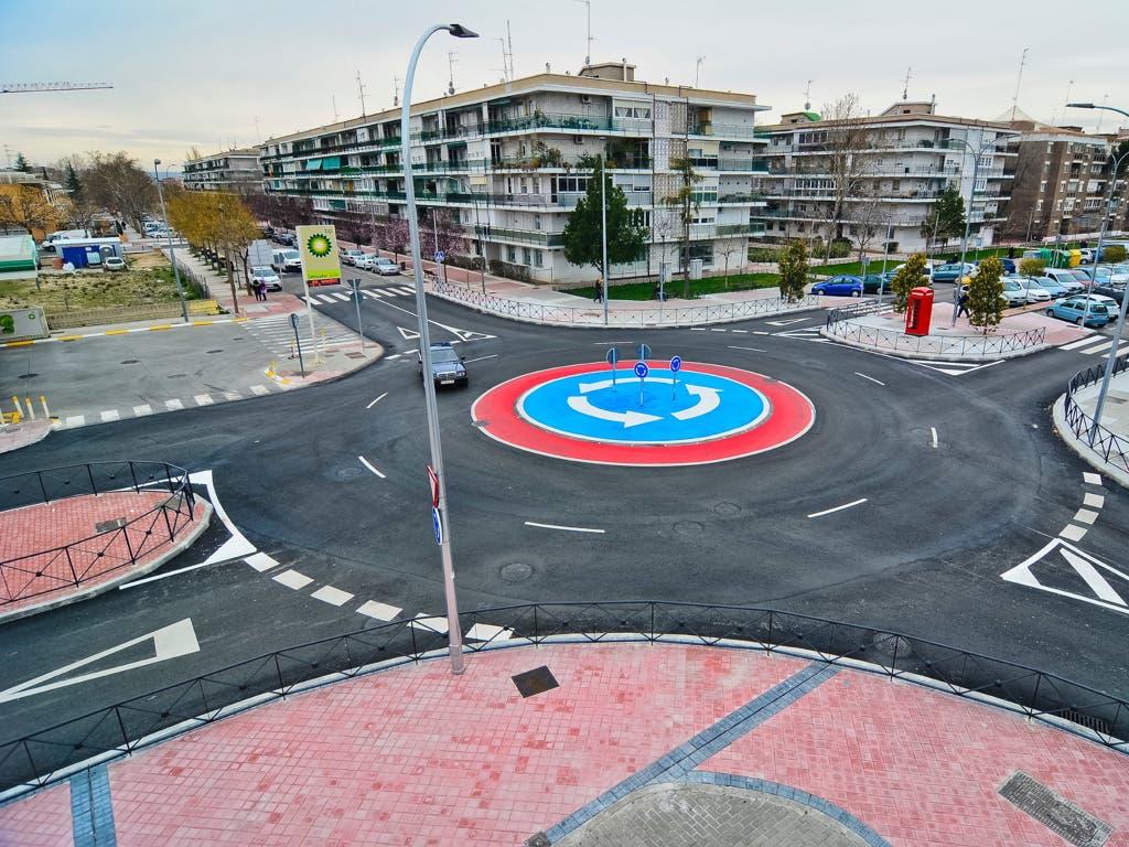Torrejón estrena nuevas rotondas y una intersección