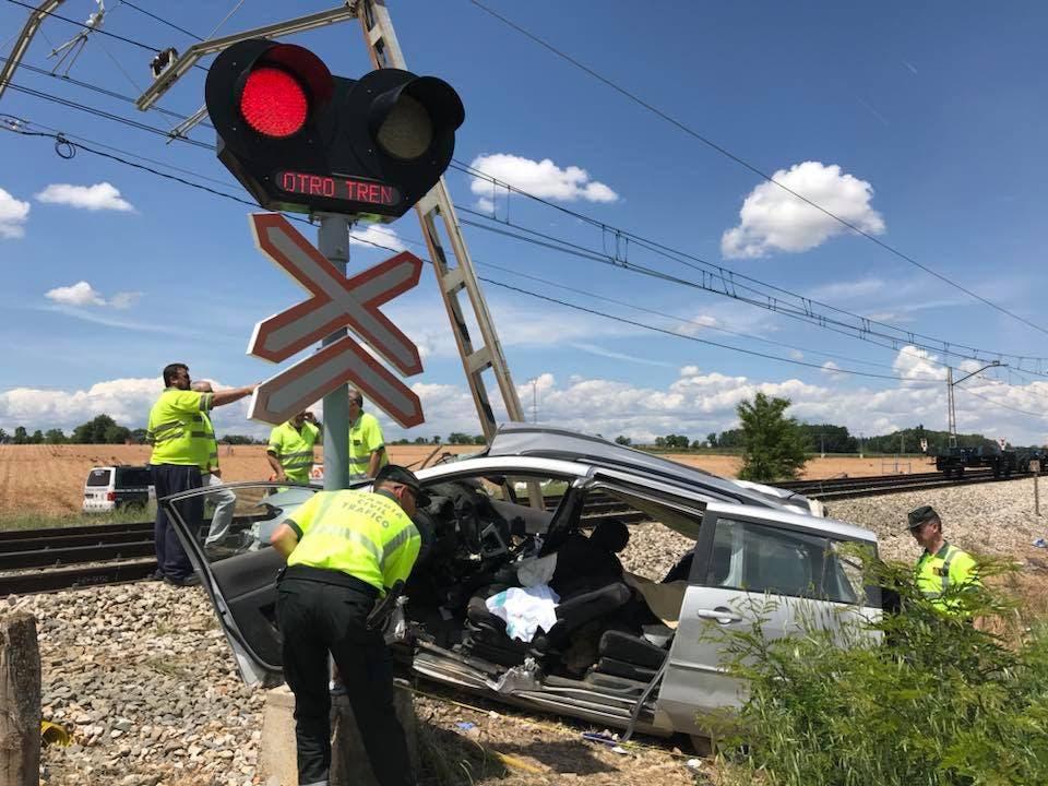 Los tres fallecidos arrollados por un tren en Fontanar eran temporeros búlgaros