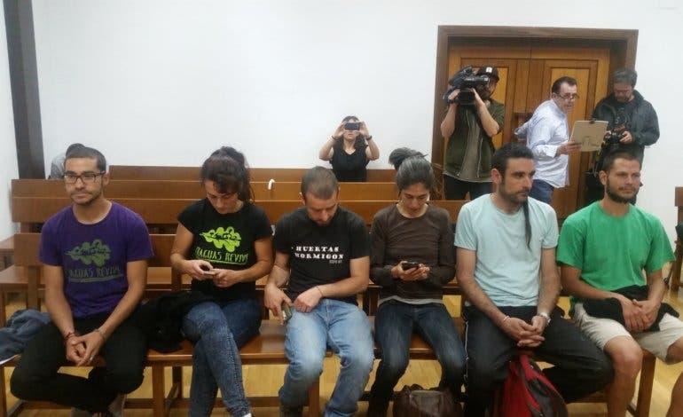 Los jóvenes que ocuparon un pueblo abandonado de Guadalajara no irán a prisión