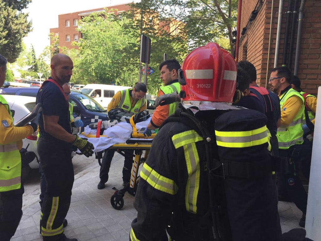 Herida muy grave una mujer con movilidad reducida al arder su sofá
