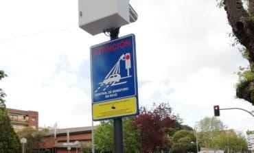 Azuqueca de Henares coloca su primer semáforo foto-rojo