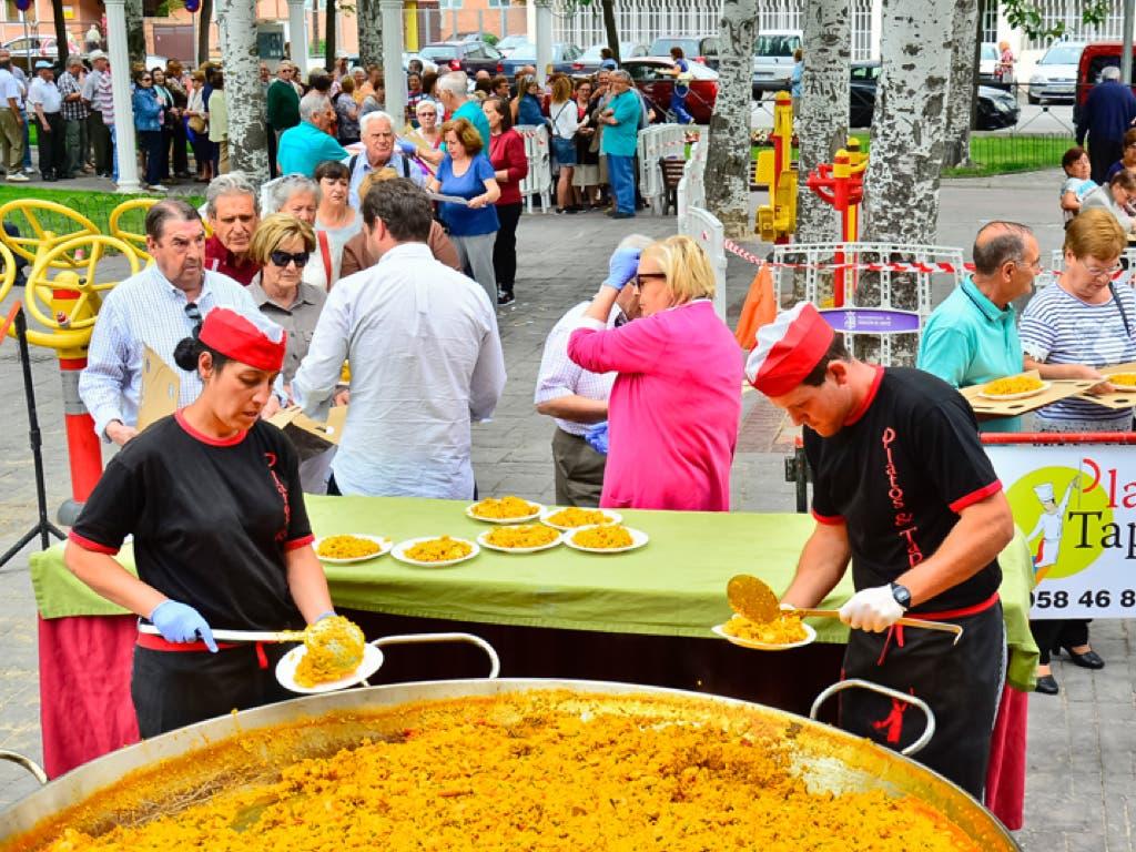 Semana de los Mayores en Torrejón con circuito de karts y degustación de paella
