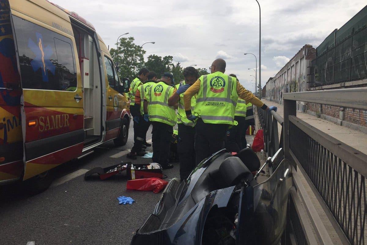 Fallece un motorista tras chocar contra un coche en la A-5
