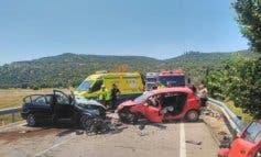 Heridas dos jóvenes al chocar sus vehículos en Pioz