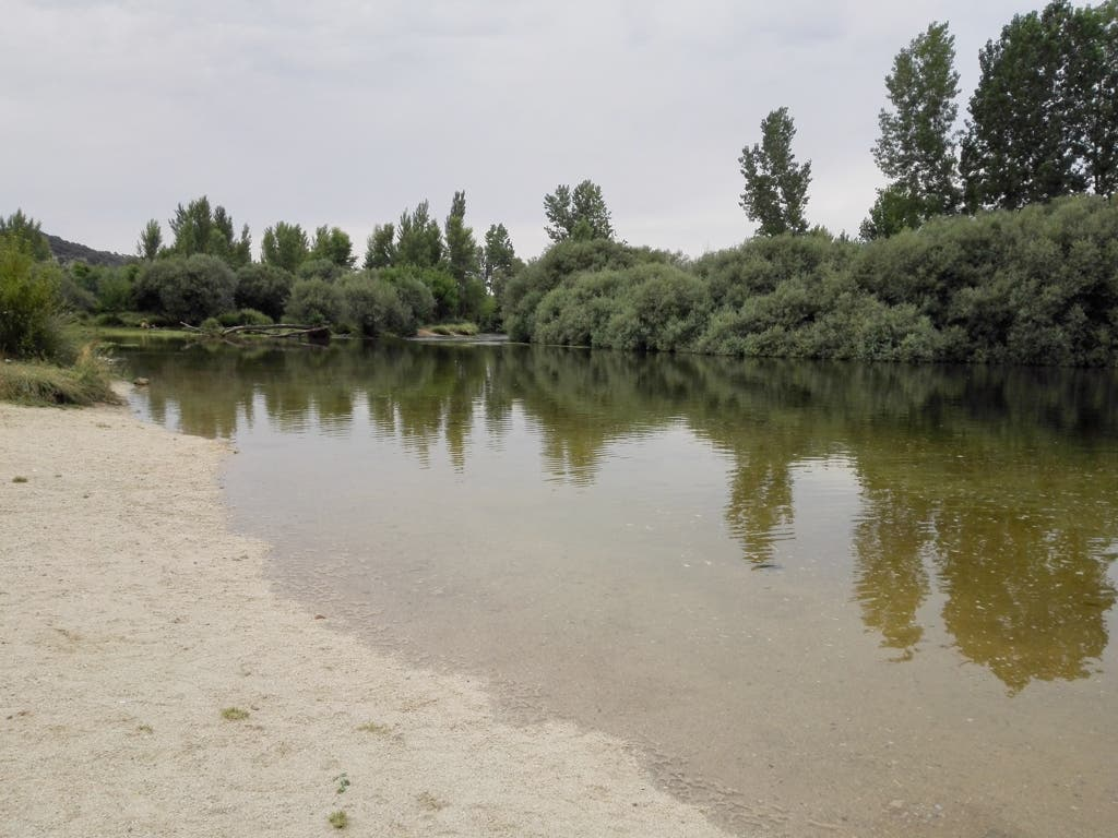 Muere un joven ahogado en el río Alberche