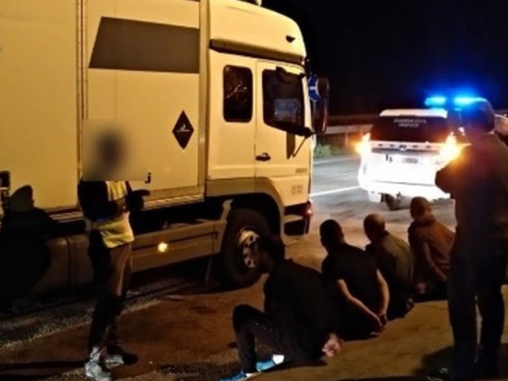 Detenida una banda que robaba camiones y mercancías en la A-2