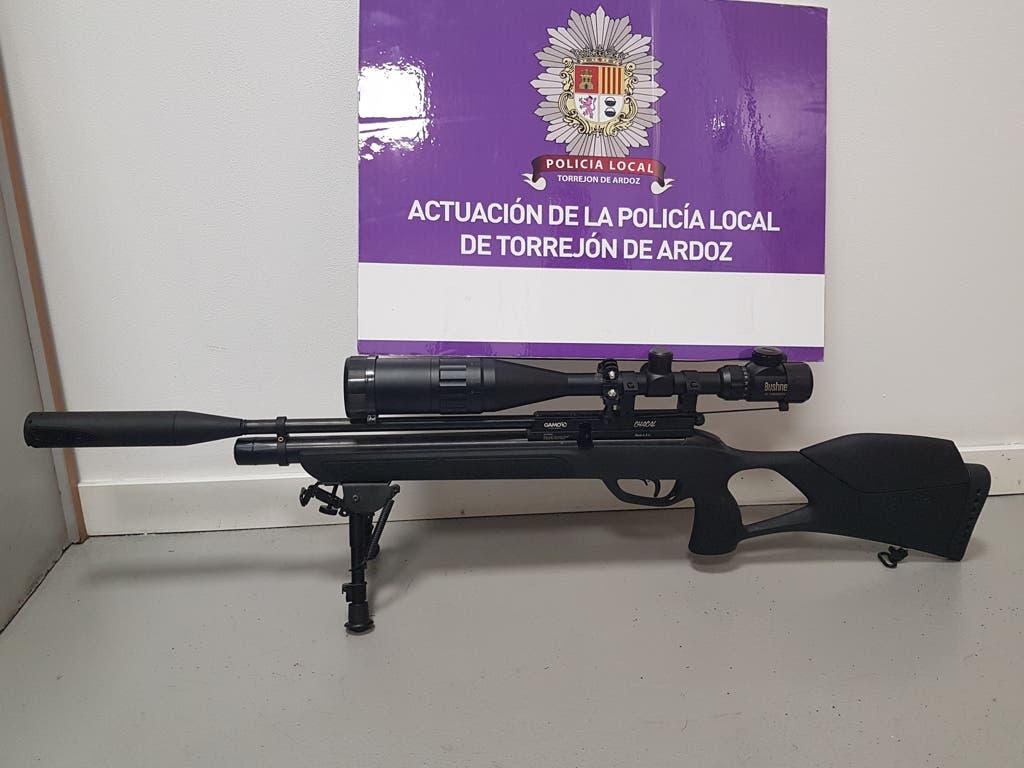 La Policía de Torrejón incauta una escopeta de aire comprimido
