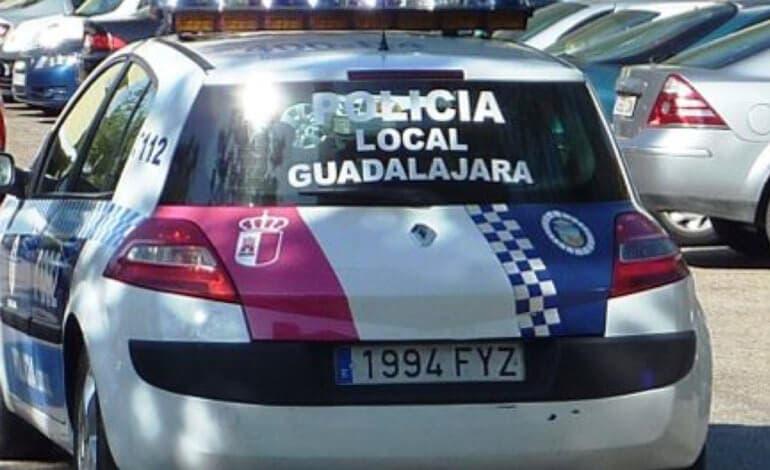 Una fiesta en una vivienda de Guadalajara acaba con tres detenidos