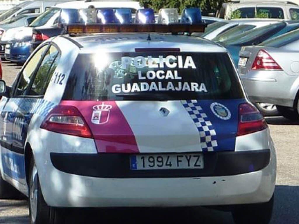 Detenido en Guadalajara por conducir sin carnet, sin seguro y con la ITV caducada