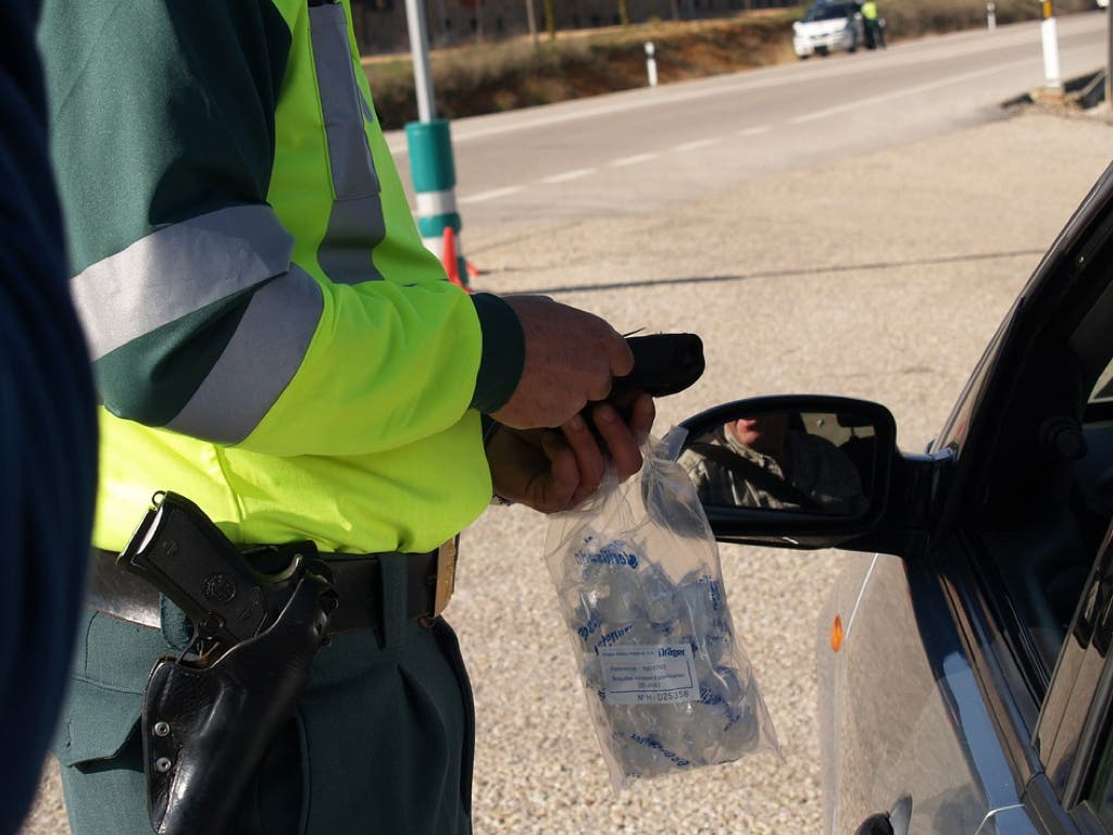 Un vecino de Alcalá de Henares se hace pasar por su hermano para evitar una multa de tráfico
