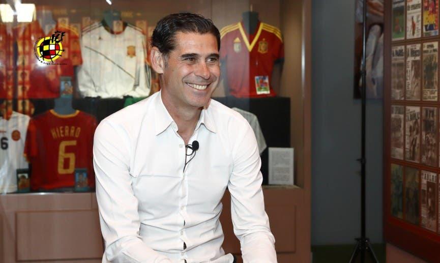 Fernando Hierro abandona la Selección