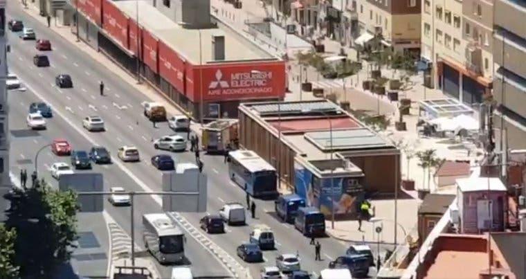 Una maleta sospechosa obliga a desalojar el intercambiador de Avenida de América