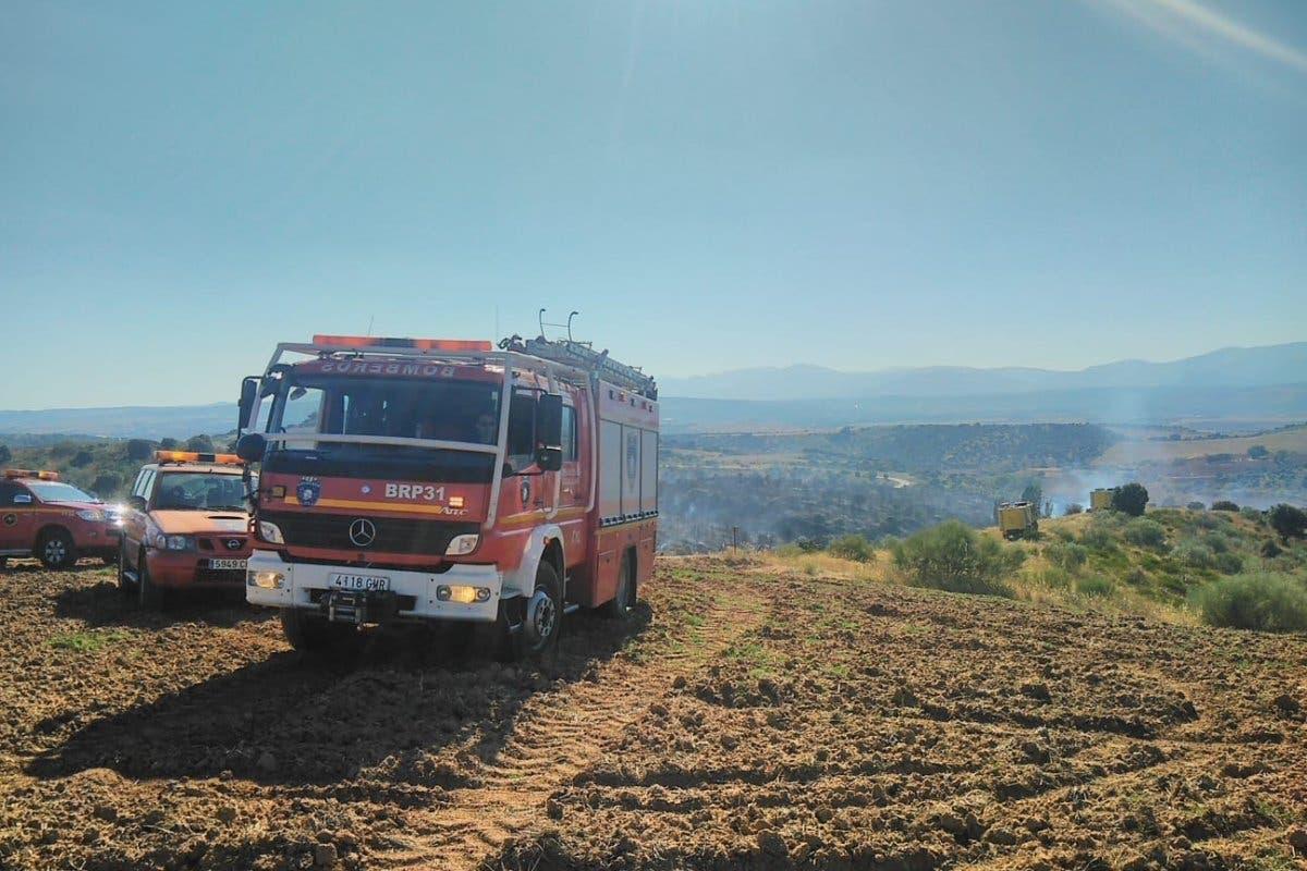 Un incendio forestal arrasa 20 hectáreas en Uceda (Guadalajara)