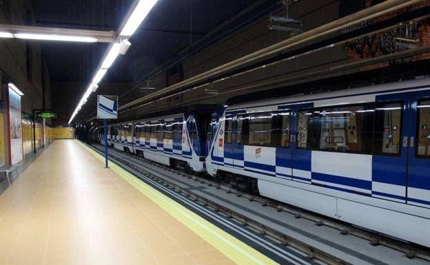 Detenido un hombre por matar a otro tras empujarle a las vías del Metro